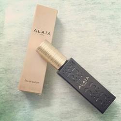 hoa nữ Alaia Paris 10ml dạng xịt