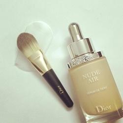 Cọ phấn nền dạng lỏng Dior