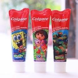 Kem đánh răng cho bé colgate