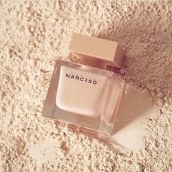 Nước hoa nữ Narciso Poudree tester 90ml