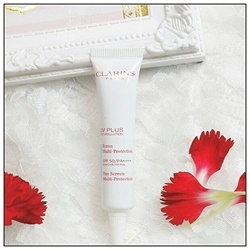 Kem chống nắng Clarins UV Plus Anti Pollution SPF 50 10ml