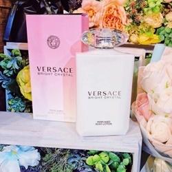 Dưỡng Thể Versace Bersace bright crystal 200ml